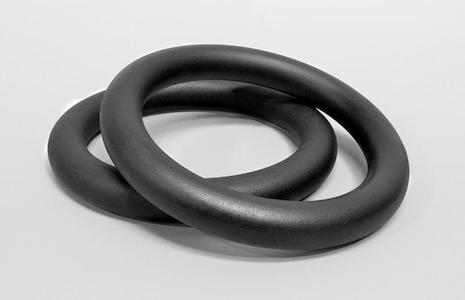 These powder-coated steel rings hold chalk extremely well, and are an extremely cost effective way of building muscle in the upper body