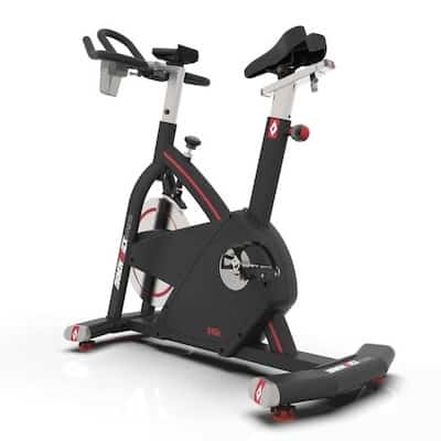 Black diamondback fitness 910ic indoor cycling bike for a home gym